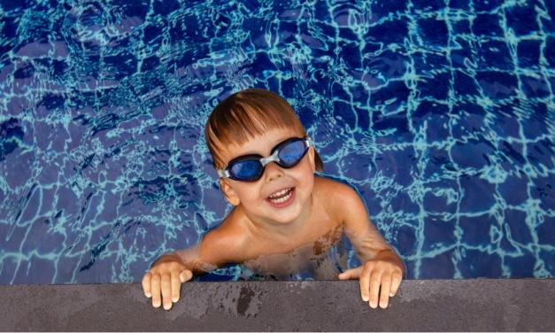 Bambini e nuoto: tutti i benefici per la loro crescita