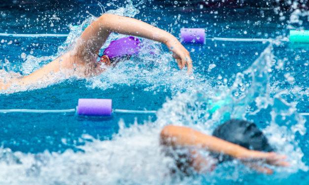 Come affrontare una gara di nuoto: consigli per prepararsi