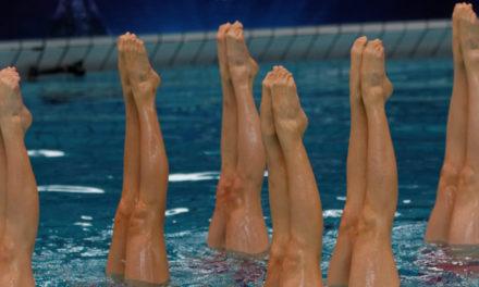 Perchè praticare il nuoto sincronizzato?